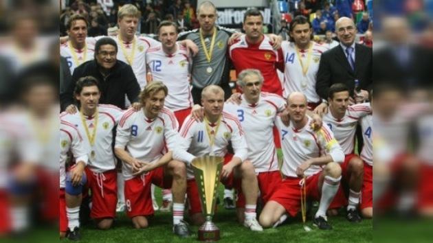 Veteranos del fútbol disputarán la Copa de Leyendas en Moscú