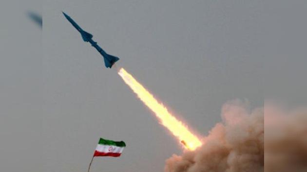 Irán confirma las pruebas de misiles de largo alcance en el Océano Índico