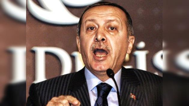 Turquía responde a Francia recordándole sus masacres en Argelia