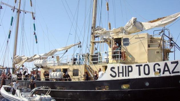 Israel ataca un barco de la 'Flotilla de la Libertad' con destino a Palestina