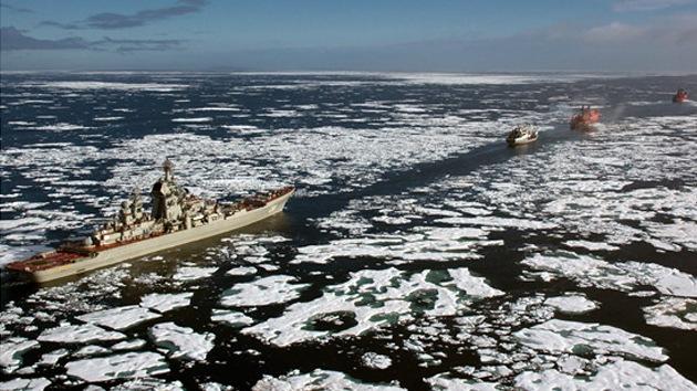 ¿Qué motiva a Rusia a reforzar su presencia militar permanente en el Ártico?