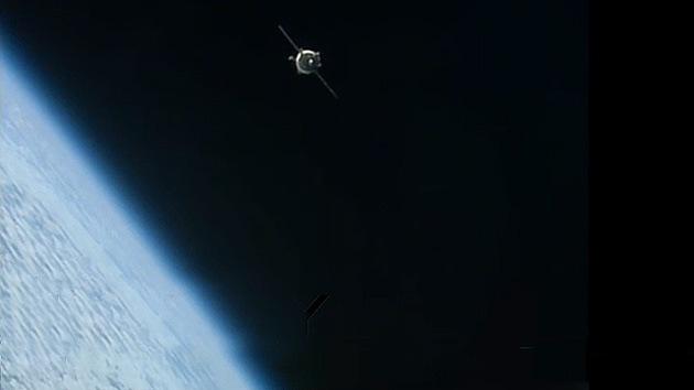 Los cosmonautas llegan a la EEI con dos días de retraso por problemas técnicos