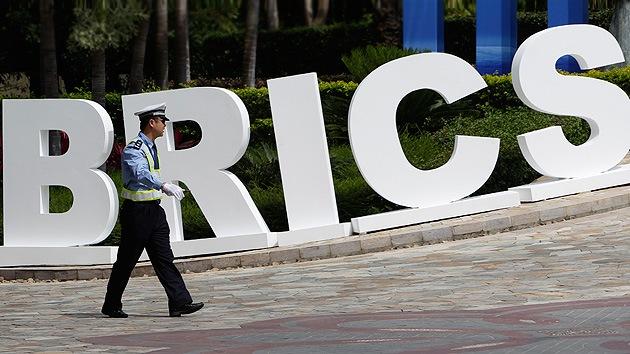Exasesor de Reagan: Las sanciones de EE.UU. contra Rusia acelerarán el desarrollo de los BRICS