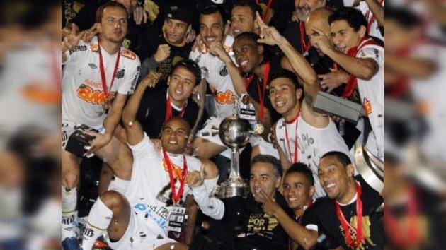 Santos reconquista la Copa Libertadores 48 años después