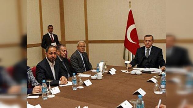 Los 'Amigos de Siria' se reúnen en Turquía para presionar aun más a Assad
