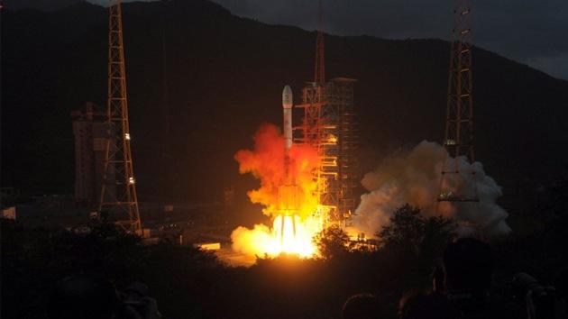 China desarrolla un cohete para misiones lunares
