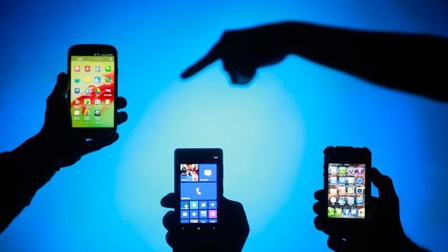Descubren una manera de convertir un 'smartphone' en un 'espía'