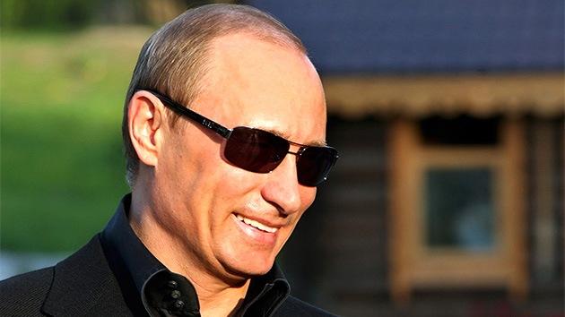 """'Forbes': """"Tres razones por las cuales Putin se ríe de un EE.UU. impotente"""""""