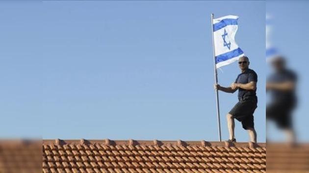 Indultan a centenas de palestinos que serán canjeados por el soldado israelí cautivo
