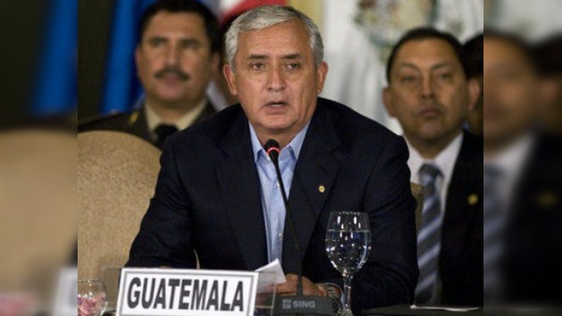 Mandatario guatemalteco aboga legalización de drogas en 'un mercado regulado'
