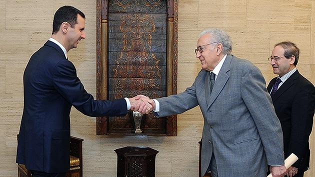 Brahimi: El gobierno sirio acepta decretar un alto el fuego durante una fiesta religiosa