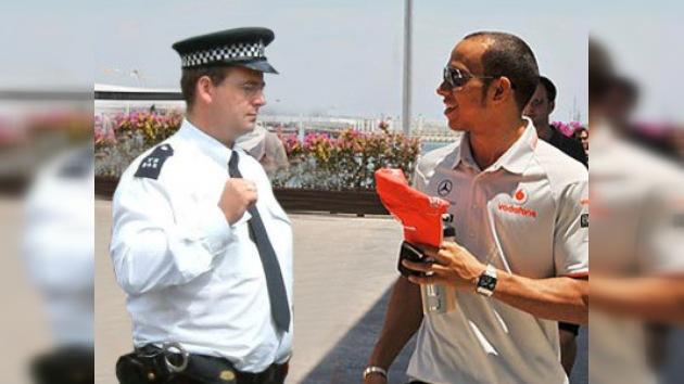 ¿Lewis Hamilton se convertirá en peatón?