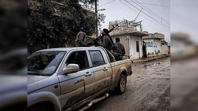 Siria: La oposición armada abandona la ciudad de Homs por falta de municiones