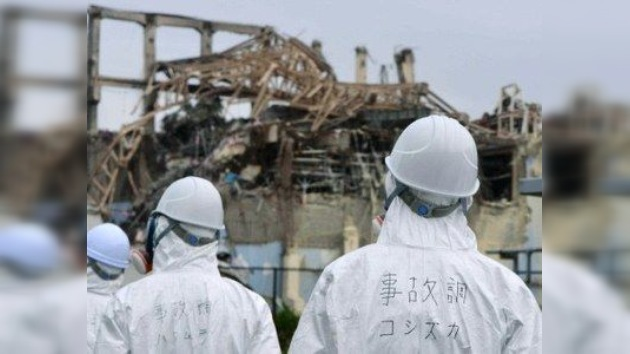 Empiezan a levantar una cúpula protectora sobre el primer reactor de Fukushima