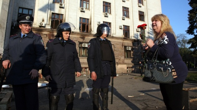 """Cuestionario a militares ucranianos: """"¿Está dispuesto a disparar a mujeres?"""""""