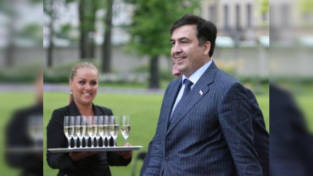 Saakashvili irá a Europa para realizarse un test de drogas