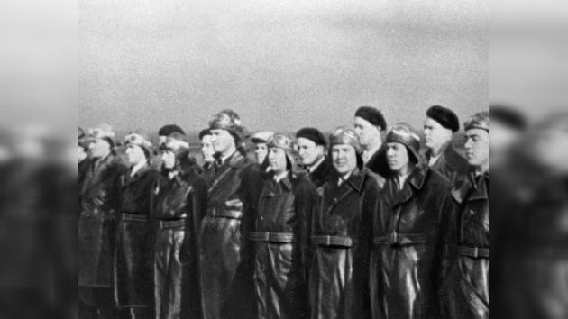 En Toledo inauguran monumento a pilotos soviéticos muertos en España