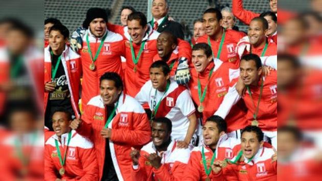 Perú tercero en la Copa América con tres goles de Guerrero