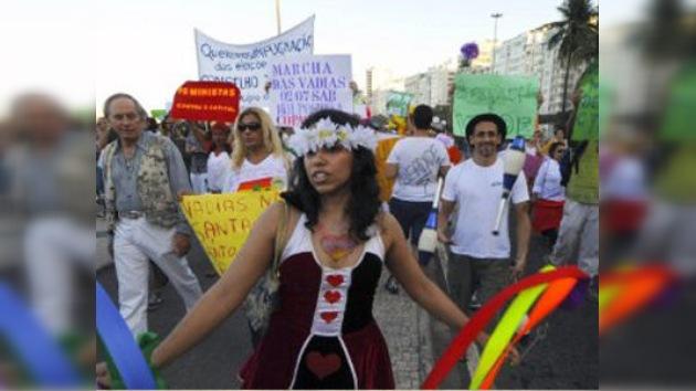 Más de un millar de personas protesta en Brasil contra la 'Marcha de la Libertad'