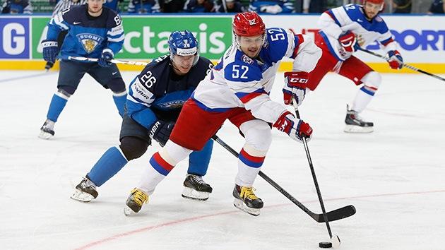 Rusia, campeón del Mundial de hockey sobre hielo al ganar a Finlandia por 5-2