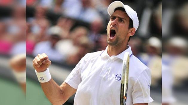 Novak Djokovic vence a Rafael Nadal en la final de Wimbledon
