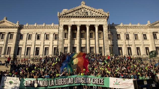 """""""Uruguay merece el Premio Nobel de la Paz por legalizar la marihuana"""""""