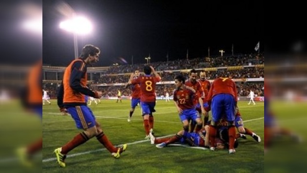 España alcanzó la victoria ante Chequia y se acercó más a la clasificación