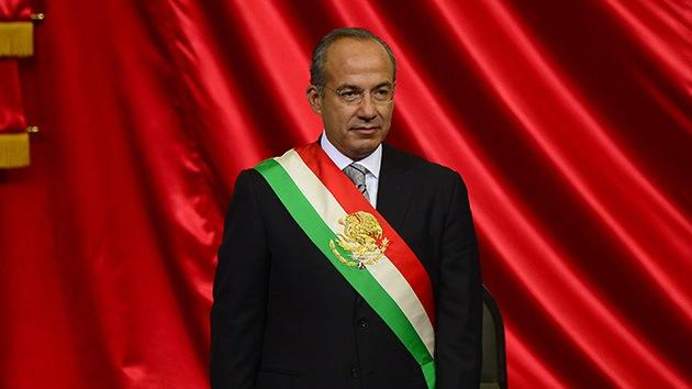 Demandan a Calderón por los 100.000 muertos que dejó su lucha contra el narco