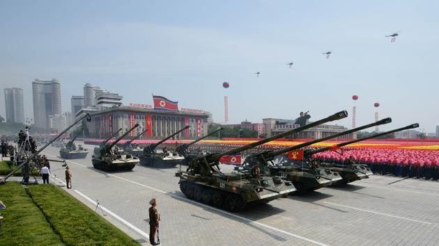 Corea del Norte traslada tanques y vehículos blindados a la frontera con China