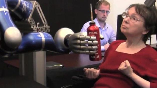 Crean prótesis robóticas que obedecen a las órdenes del cerebro