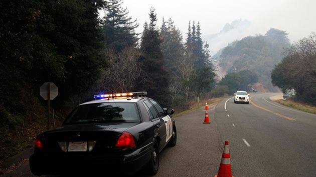 EE.UU.: Detienen a policías que confiscaban coches de hispanos pobres para venderlos