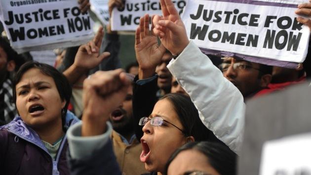 Escándalo: En la India se suicida una adolescente violada en grupo