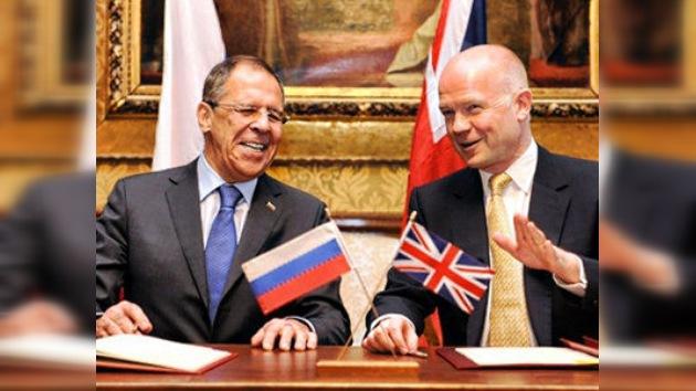 """Lavrov: """"podemos superar las consecuencias de la Guerra Fría"""""""