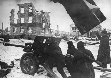 70 Aniversario de la batalla de Stalingrado Cf3c8edb71b2983361bb66b2446d4f62_article430bw