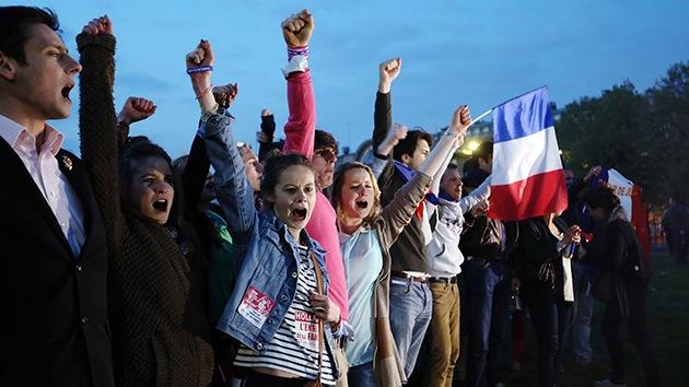 Miles de franceses participan en las últimas protestas contra el matrimonio igualitario