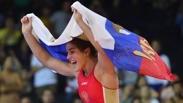 Londres 2012: la rusa  Natalia  Vorobiova, oro en lucha libre