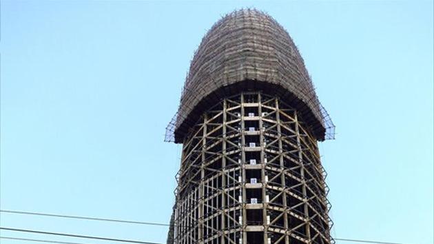 Foto: Levantan edificio con aspecto fálico para el diario del Partido Comunista de China
