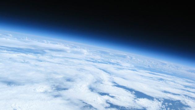 Um aluno tira fotos nada estratosférico astronômico preço: $ 320