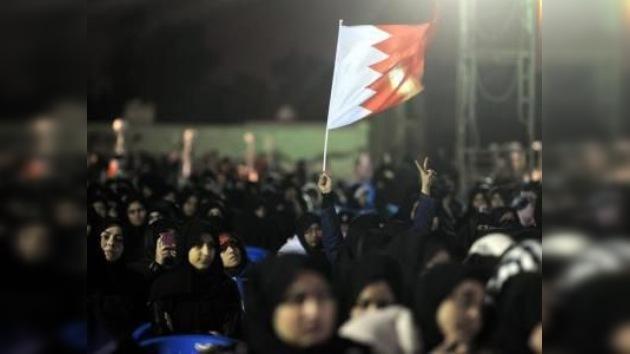 La oposición bahreiní reinicia la primavera árabe con una marcha multitudinaria