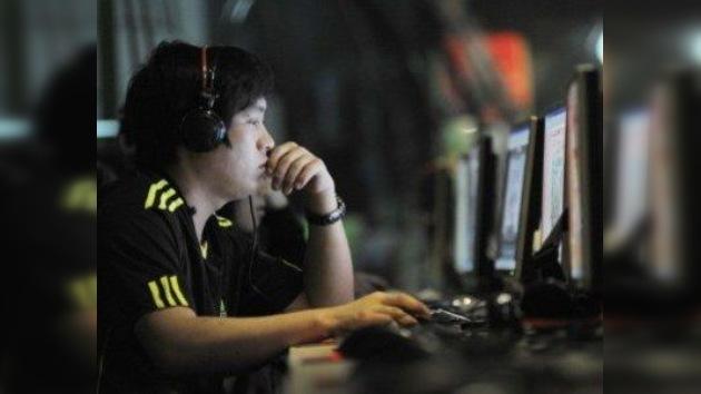 Microblogueros chinos deberán dar sus nombres reales