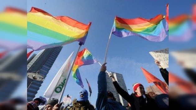 Prohibición de la 'propaganda gay' enciende la polémica en Rusia