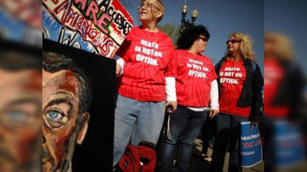 Estadounidenses dudan de la imparcialidad de la Corte Suprema sobre la reforma sanitaria
