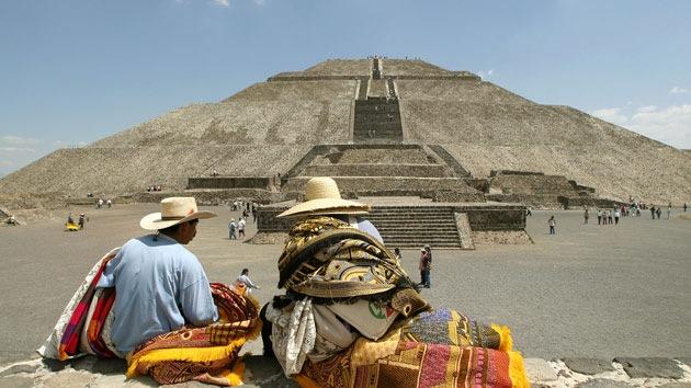La famosa Pirámide del Sol de Teotihuacan en México puede derrumbarse