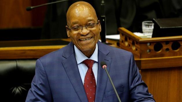 """Ponen a la venta en Internet al presidente de Sudáfrica por ser """"demasiado caro"""""""