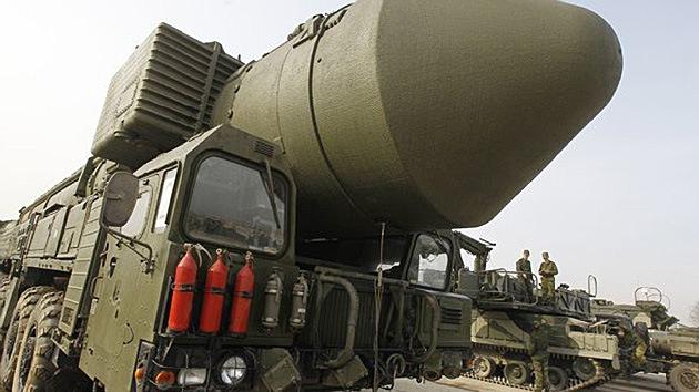 Lanzan con éxito el misil balístico intercontinental Tópol