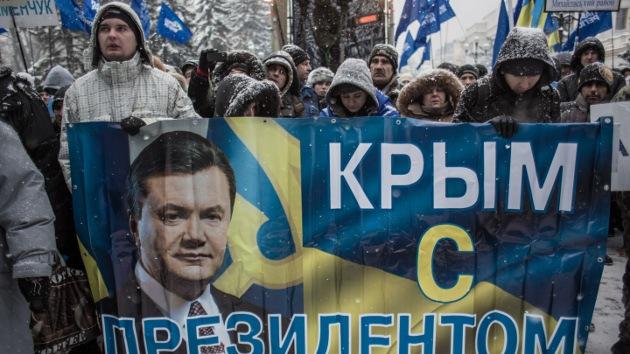 Crimea amenaza con separarse de Ucrania en caso de un cambio de la autoridad legítima