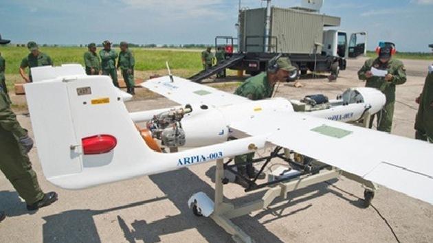 Chávez confirma que Venezuela fabrica aviones no tripulados