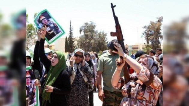 La CIA sostiene que Gaddafi empieza a carecer de combustible y dinero a pagar a las tropas