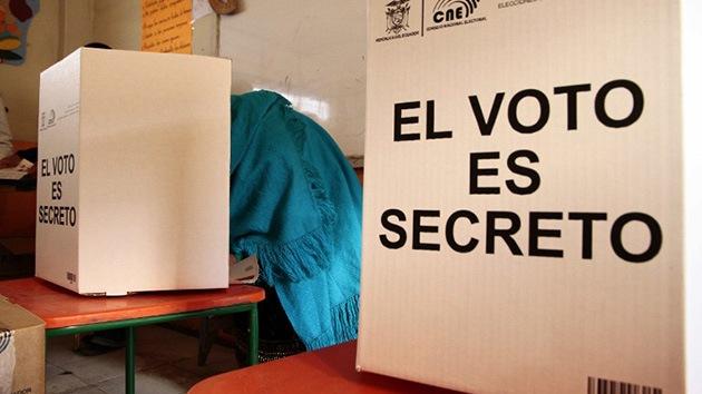 Más de 11 millones de ecuatorianos eligen a su presidente entre 8 candidatos