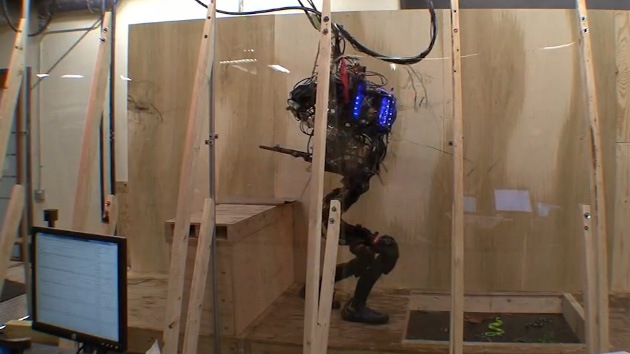 Video: No hay obstáculo que valga para los humanoides con súper destrezas